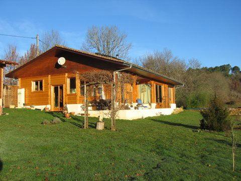 Annonce vente maison bois annonces gratuites de maison for Maison en bois martinique prix